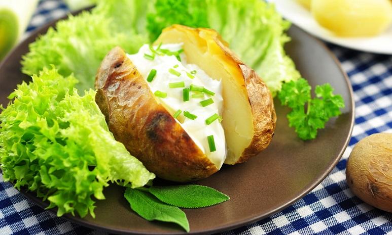 Kartoffeln: Ein einfaches leckeres, verschieden variierbares Gericht aus dem Ofen